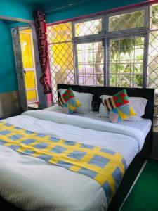 Gallery Cover Image of 350 Sq.ft 1 BHK Apartment for rent in Jakhan for 17000