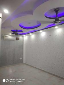 Gallery Cover Image of 620 Sq.ft 2 BHK Independent Floor for buy in Nawada for 2750000