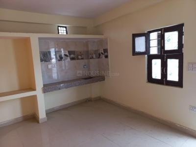 Gallery Cover Image of 210 Sq.ft 1 RK Independent Floor for rent in Sector 53 for 4500