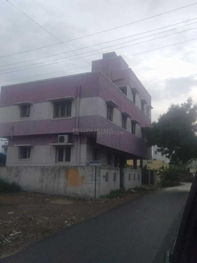 Building Image of 850 Sq.ft 2 BHK Apartment for rent in Iyyappanthangal for 8000
