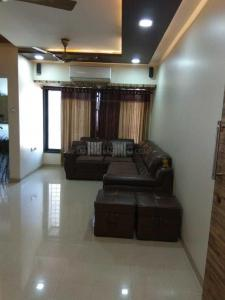 Gallery Cover Image of 900 Sq.ft 2 BHK Apartment for buy in Mulund East for 18500000