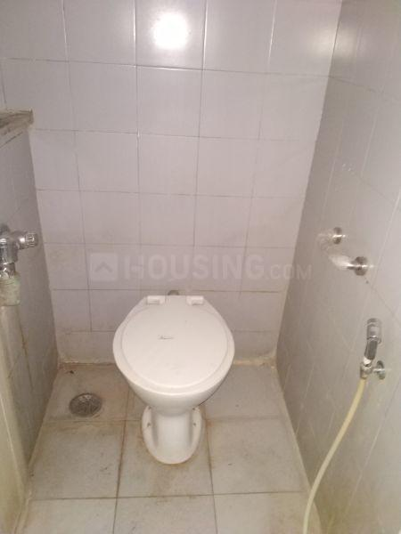 Common Bathroom Image of 585 Sq.ft 1 BHK Apartment for rent in Bhandup West for 25000