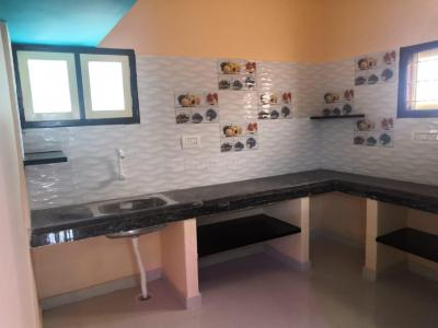 Gallery Cover Image of 500 Sq.ft 1 BHK Independent Floor for rent in Panangadi for 4500
