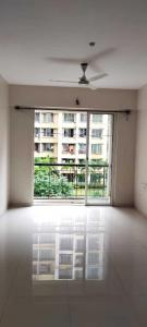 Gallery Cover Image of 1200 Sq.ft 3 BHK Apartment for rent in Sheth Creators Vasant Fiona, Thane West for 40000