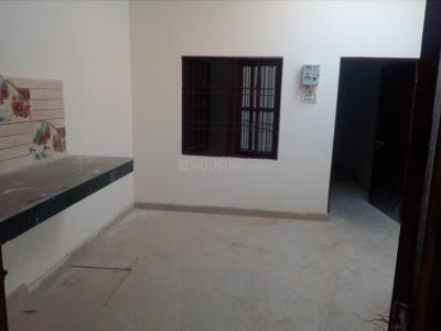 Gallery Cover Image of 400 Sq.ft 1 BHK Independent House for buy in Rajajipuram for 1300000