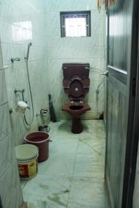 Bathroom Image of Barisha Paashe Aachhi Welfare Society in Paschim Barisha