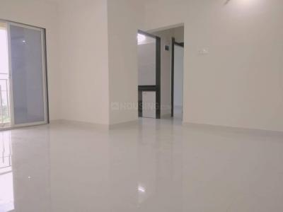Gallery Cover Image of 950 Sq.ft 2 BHK Apartment for buy in Sky Avenue, Nalasopara West for 5200000