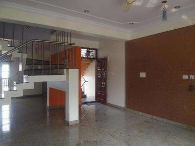 Gallery Cover Image of 1700 Sq.ft 3 BHK Apartment for rent in J. P. Nagar for 40000