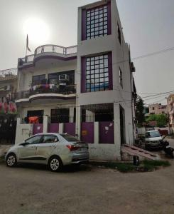 Gallery Cover Image of 2100 Sq.ft 6 BHK Independent House for buy in Patel Nagar for 18000000