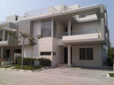 Gallery Cover Image of 4650 Sq.ft 4 BHK Villa for rent in Kokapet for 155000