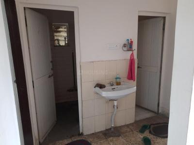Bathroom Image of PG In Sanpada in Sanpada