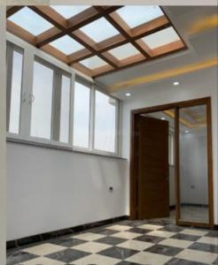 Gallery Cover Image of 2800 Sq.ft 4 BHK Apartment for buy in Sector 19 Dwarka for 28500000