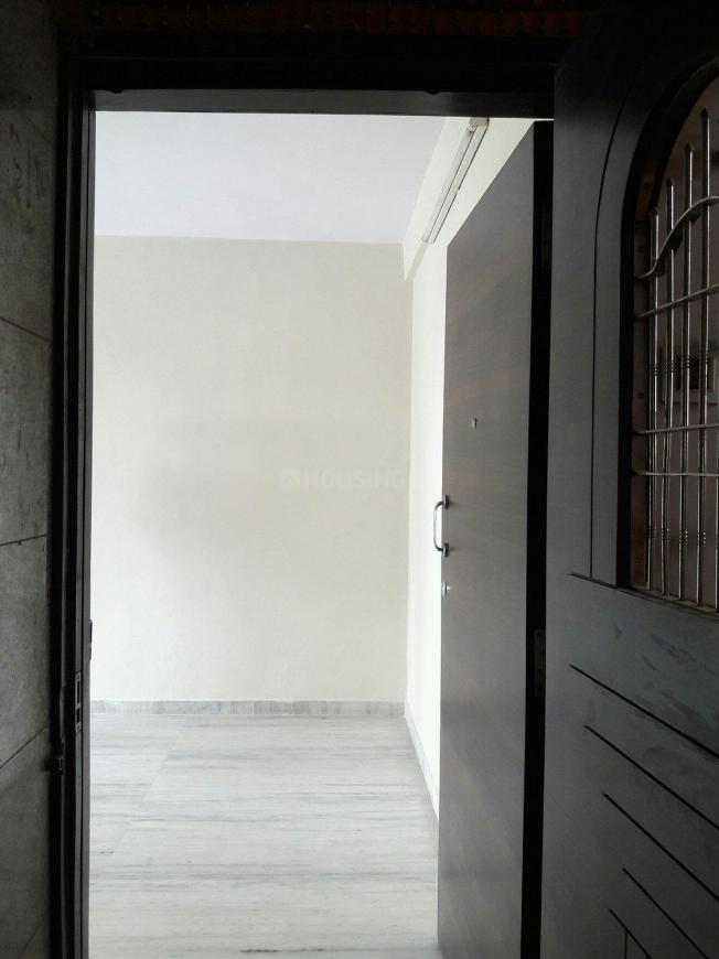 Main Entrance Image of 600 Sq.ft 1 BHK Apartment for rent in Borivali West for 22000