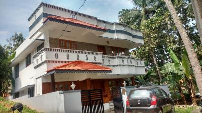 Gallery Cover Image of 2500 Sq.ft 4 BHK Independent House for buy in Pongumoodu for 10000000