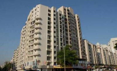 Gallery Cover Image of 610 Sq.ft 1 BHK Apartment for rent in Kandivali West for 25000