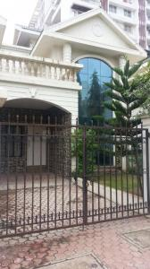 Gallery Cover Image of 3600 Sq.ft 4 BHK Villa for buy in Kondhwa for 18000000
