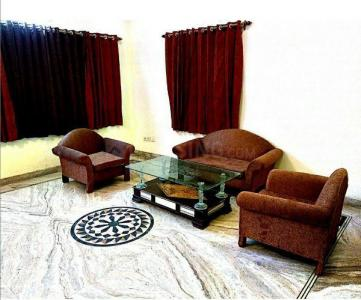 Gallery Cover Image of 2000 Sq.ft 3 BHK Independent Floor for rent in Sector 31 for 30000