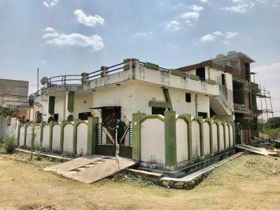 Gallery Cover Image of 2000 Sq.ft 3 BHK Independent House for buy in Sector 9 for 8100000