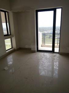 Gallery Cover Image of 925 Sq.ft 2 BHK Apartment for rent in Maheshtala for 10000