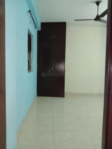 Gallery Cover Image of 450 Sq.ft 1 BHK Apartment for rent in Paryatan Vihar, Vasundhara Enclave for 10000