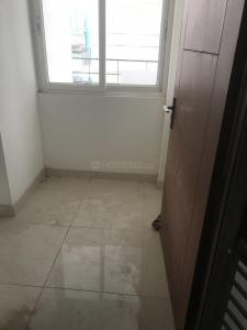 Gallery Cover Image of 1075 Sq.ft 2 BHK Apartment for buy in Express Zenith, Sector 77 for 5500000