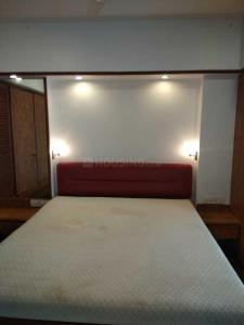 Gallery Cover Image of 600 Sq.ft 1 BHK Apartment for rent in Colaba for 100000