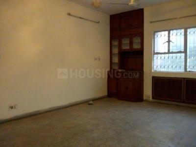 Gallery Cover Image of 1200 Sq.ft 2 BHK Apartment for rent in DDA Mig Flats Sarita Vihar, Sarita Vihar for 26000