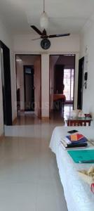 Gallery Cover Image of 900 Sq.ft 2 BHK Apartment for buy in Malad West for 15000000