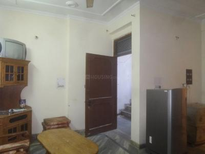 Gallery Cover Image of 550 Sq.ft 1 BHK Apartment for rent in Sector 14 for 18000