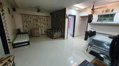 Gallery Cover Image of 1500 Sq.ft 3 BHK Apartment for rent in Radha Krishna CHS, Borivali East for 52000