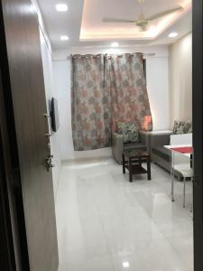 Gallery Cover Image of 650 Sq.ft 1 BHK Apartment for buy in Bhandup West for 8000000
