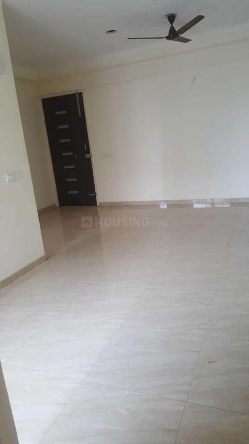 Living Room Image of 899 Sq.ft 2 BHK Apartment for rent in Noida Extension for 9500