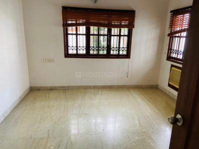 Gallery Cover Image of 650 Sq.ft 1 BHK Villa for rent in Royapettah for 16000
