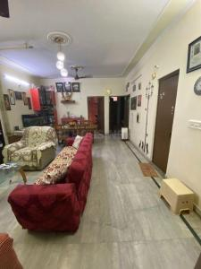 Gallery Cover Image of 1500 Sq.ft 3 BHK Independent Floor for buy in Sector 32 for 7500000