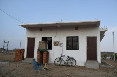 Gallery Cover Image of 750 Sq.ft 1 BHK Independent House for buy in Trimurti Nagar for 1100000