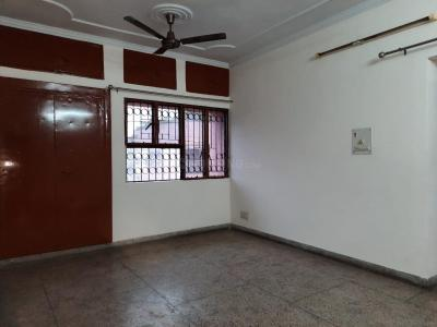 Gallery Cover Image of 1400 Sq.ft 3 BHK Apartment for buy in Sarita Vihar for 17500000