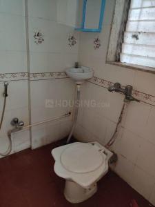 पवई में ओम साई अपार्टमेंट के बाथरूम की तस्वीर