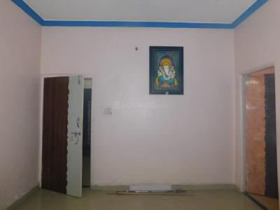 Gallery Cover Image of 1600 Sq.ft 3 BHK Apartment for rent in Wagholi for 26000