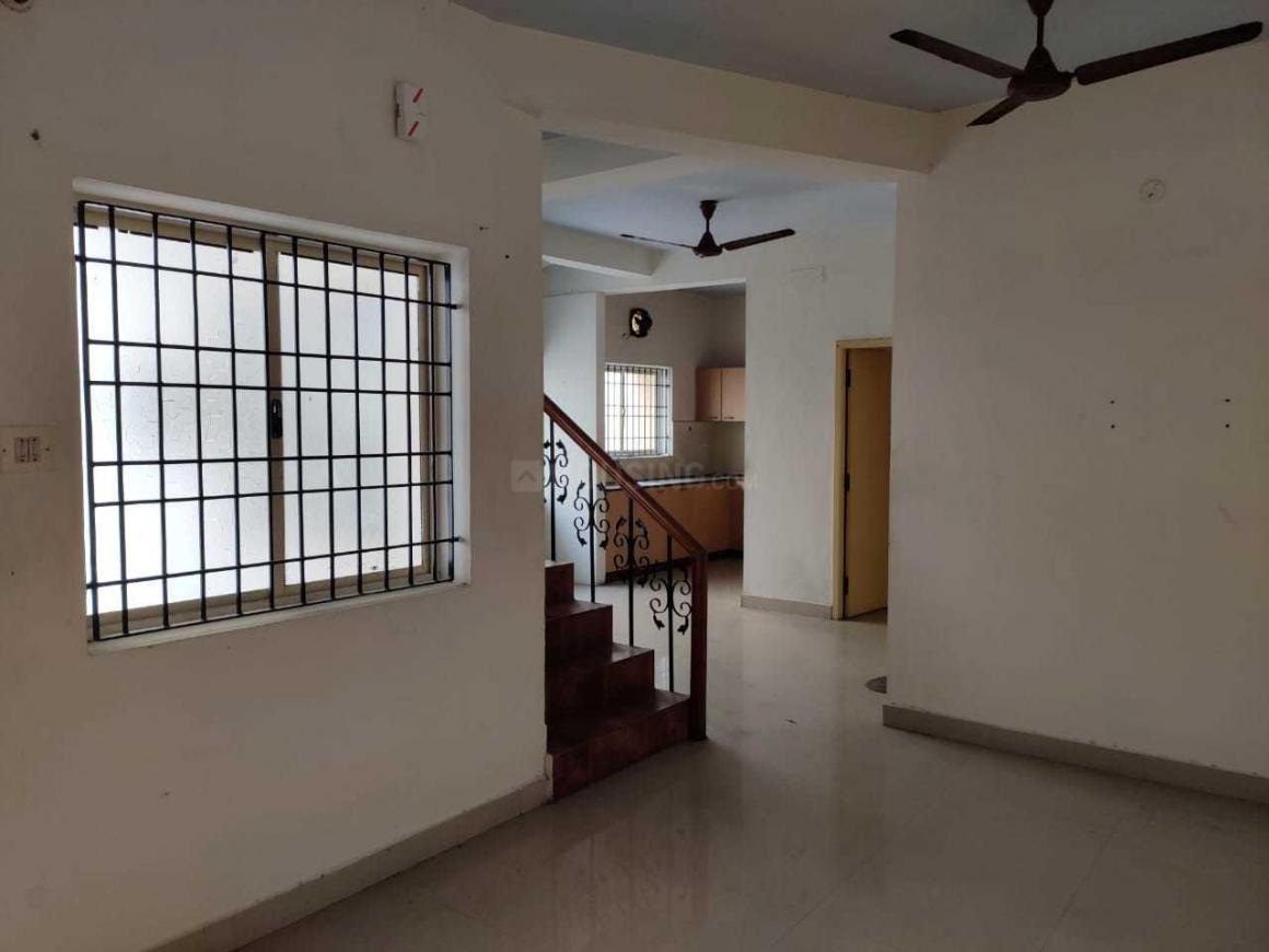 Living Room Image of 1500 Sq.ft 5 BHK Villa for rent in Thoraipakkam for 20000