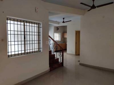 Gallery Cover Image of 1500 Sq.ft 5 BHK Villa for rent in Thoraipakkam for 20000