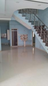 Gallery Cover Image of 1650 Sq.ft 3 BHK Independent Floor for rent in Manikonda for 16000