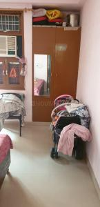 Gallery Cover Image of 630 Sq.ft 1 BHK Independent Floor for rent in Rangpuri for 10000