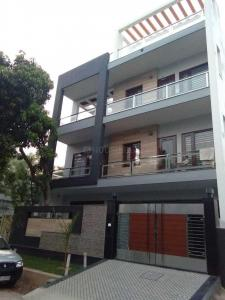 Gallery Cover Image of 2000 Sq.ft 3 BHK Independent House for rent in Sector 31 for 18000