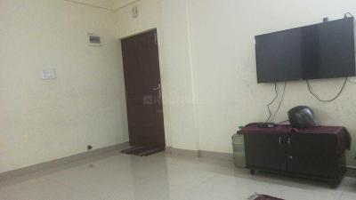 Gallery Cover Image of 1350 Sq.ft 2 BHK Apartment for rent in HBR Layout for 20000