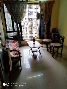 Living Room Image of Dhiraj Dharshan Chs in Andheri East