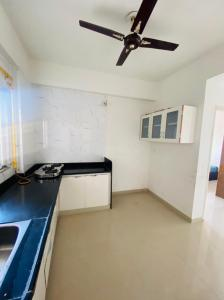 Gallery Cover Image of 1980 Sq.ft 3 BHK Apartment for rent in Shree Siddhi Ganesh Genesis, Gota for 18000