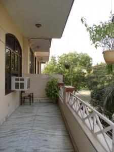 Balcony Image of Neeta's PG in Sector 43
