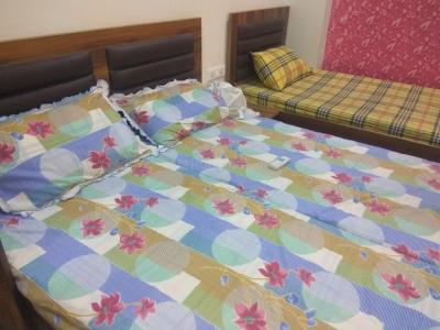 Bedroom Image of Girls PG In Sector 38, Subhash Chowk, Sohna Road Gurgaon in Sector 38