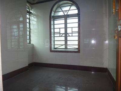 Gallery Cover Image of 675 Sq.ft 2 BHK Independent Floor for rent in Dunlop for 8000