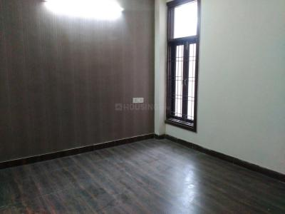 Gallery Cover Image of 1350 Sq.ft 3 BHK Independent Floor for rent in Chhattarpur for 20000